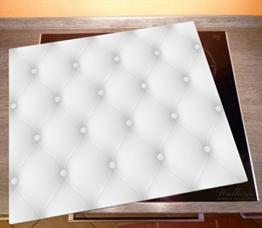 Bild von einer Herdabdeckplatte aus Glas in Lederoptik in weiß